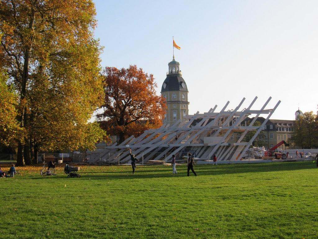 Ka300 Pavillon wird abgebaut