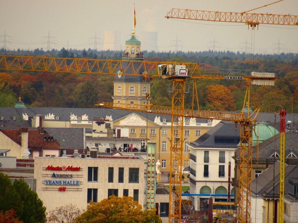 Blick zum Schlossturm und Ettlinger Tor